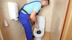 how-do-i-unclog-my-toilet-bowl-on-my-own